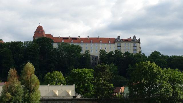 Blick zum Schloss Sonnenstein